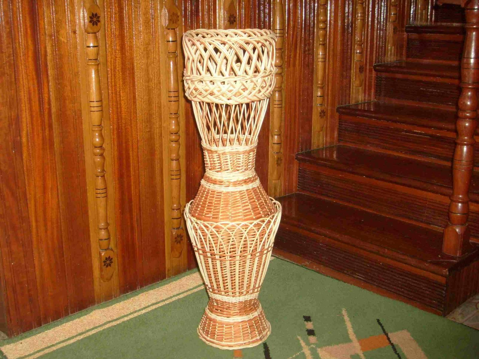 Как сделать напольную вазу из лозы